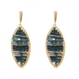 Brinco bordado com cristais azul, contas de vidro azul e resinas azul folheado em ouro 18k - B3A0023