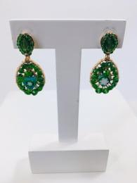 Brinco bordado com cristais verde e murano folheado em ouro 18k - B3VD0004